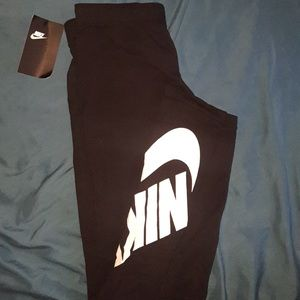 Black Nike Black Leggings